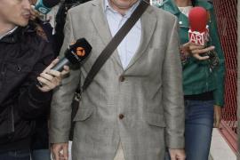 El padre de Asunta seguirá en prisión y será juzgado junto a Rosario Porto por un jurado popular