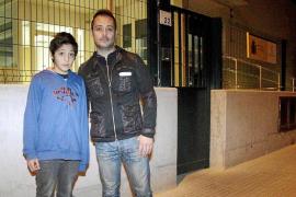 La Guardia Civil interroga durante más de nueve horas al padre de Malén Zoe