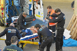 Hospitalizado un hombre tras caer desde unos seis metros de altura en Peguera