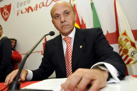 Del Nido anuncia su retirada y José Castro ocupa el cargo en funciones