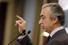 Ferre afirma que la ideología «no cuenta nada» en la Agencia Tributaria