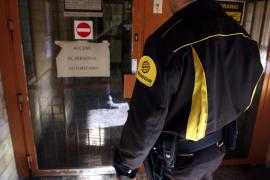 Los vigilantes privados podrán identificar y detener en la vía pública