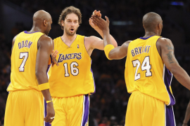 128-107. Kobe Bryant hace volar a los Lakers
