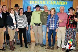 Tenderete navideño del Hogar Canario en Baleares