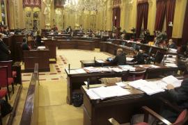 El Parlament balear censura al de Catalunya y aprueba que los 'Països Catalans» no existen