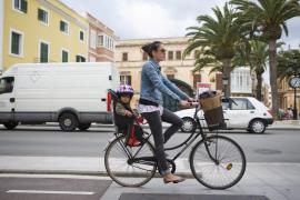 El uso del casco será obligatorio sólo para los ciclistas menores de 16 años