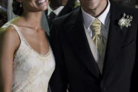 Forlán se casa en una sencilla y privada ceremonia