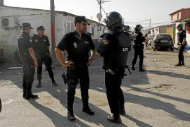 La policía irrumpe dos veces en Son Banya en busca de Malén Ortiz