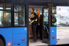 Herido grave un peatón de 62 años que fue atropellado por un autobús de la EMT en Palma