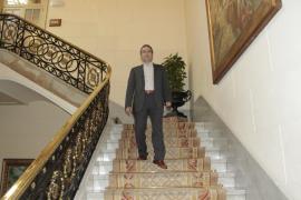El Parlament despide con gratitud a Toni Alorda