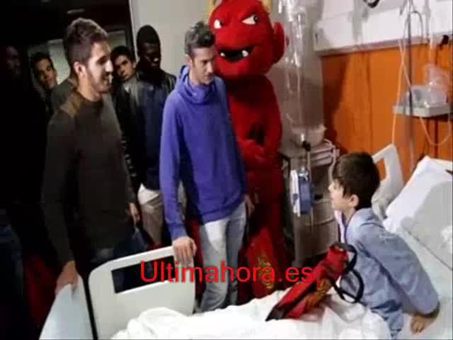 El Mallorca se vuelca con los niños hospitalizados