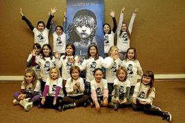 Medio centenar de niñas quiere ser Eponine en el musical 'Los Miserables'