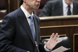 Soria: la subasta «se ha manipulado» y la luz no subirá en enero el 10,5 %