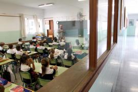 El PSIB denuncia la política 'represiva' del PP contra los docentes