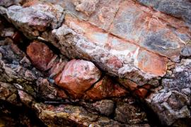 Pedra a Cala Deia