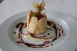 Tiberi Catering, carlota de turrón
