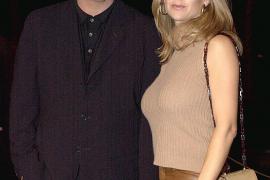 John Travolta y su esposa, Kelly Preston, esperan un bebé
