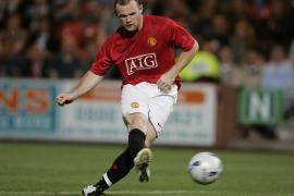 El Manchester United trata de evitar que el Barcelona fiche a Wayne Rooney