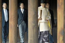 Tensión entre China y Japón por la visita de Abe a un santuario bélico
