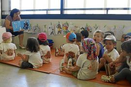 El Ajuntament declara 2014 'Año de la Educación' para trabajar por el futuro