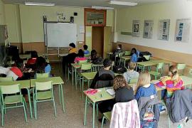 El PSOE dice que 6.000 niños han perdido el refuerzo escolar