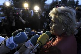 La AVT denuncia que el acto es «la mayor vergüenza de toda la democracia española»