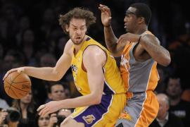 Gasol domina y los Lakers  caminan firmes hacia las finales