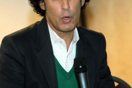 El político socialista Pedro Zerolo anuncia que tiene cáncer