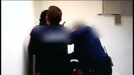 Una pareja de turistas denuncia haber sido agredida por guardias de seguridad en Torrevieja