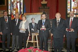 Fiesta de l'Estendard y entrega de distinciones y medallas de oro en Cort