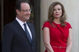 La compañera de Hollande, hospitalizada «tras conocer su eventual relación»