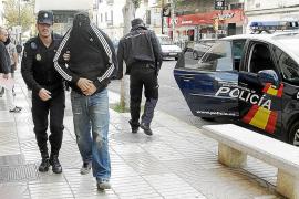 Detenidos los agresores de uno de los policías acusados del robo a Matutes