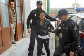 Una joven ataca con un cuchillo a su compañero durante una pelea en la Soledat