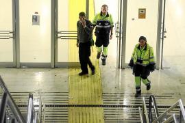Un grupo de jóvenes borrachos agreden a dos vigilantes de la Estación Intermodal