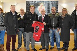 El RCD Mallorca, con Vilafranca y el club Playas de Calvià