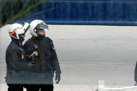 Tres detenidos por destrozar el baño de un bar y dar una paliza a un camarero en Palma