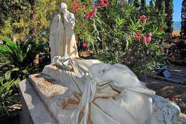 Los 'pregoners' de Sóller piden que la escultura de Josep Llimona sea devuelta al cementerio