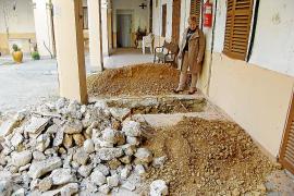 La reforma del Hospici para convertirlo en centro de día empieza por los cimientos