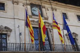 Cort mantendrá la bandera oficial de la ciudad