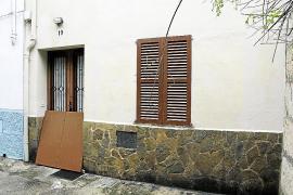 Un hombre resulta herido en un incendio en una casa de Campanet