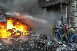 Yanukóvich y la oposición llegan a un acuerdo para detener los disturbios