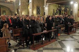 Familiares y amigos dan el último adiós a Bernat Torrandell, «un gran hijo»