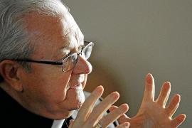 Obispo Salinas: «Me preocupa la conflictividad en la Educación»