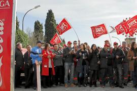 El Govern censura el cierre de Coca-Cola y dice que «está con los trabajadores»