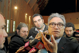 Los apoderados arrinconan a Cerdà