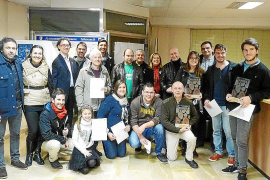 Vecinos y comerciantes reciben un galardón por su arte 'santantonier'
