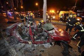 Fallecen dos jóvenes carbonizados en un accidente en Palma