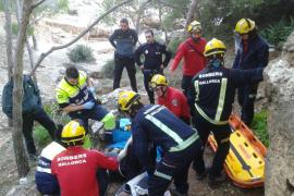 Rescatan a un excursionista de 17 años accidentado en Es Caló des Monjo, en Calvià