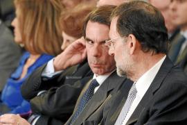 Aznar dará plantón a Rajoy