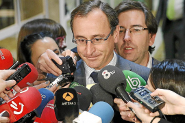 PP y PSOE piden recuperar el recurso previo de inconstitucionalidad para los estatutos